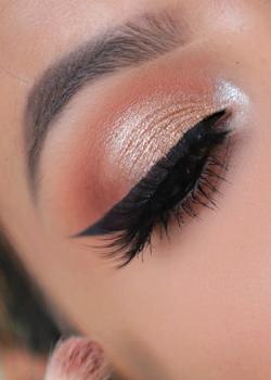 10 hot eyeshadow palettes @ Sephora